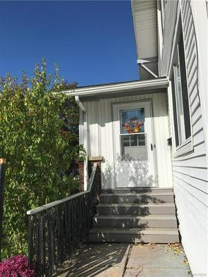 33 MONTROSE AVE, BUFFALO, NY 14214 - Photo 2