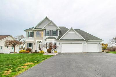 42 CARRIE MARIE LN, Parma, NY 14468 - Photo 2
