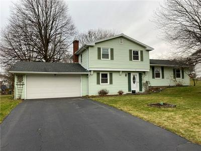 81 HILLTOP DR, Penfield, NY 14526 - Photo 1