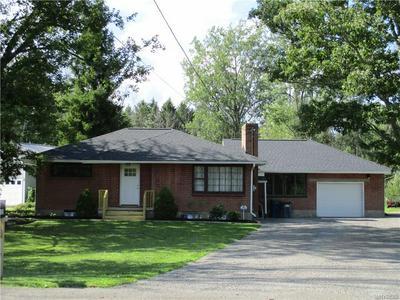 6055 TONAWANDA CREEK RD, Pendleton, NY 14094 - Photo 1