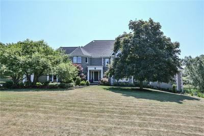 2 PARKVIEW MANOR CIR, Mendon, NY 14472 - Photo 2
