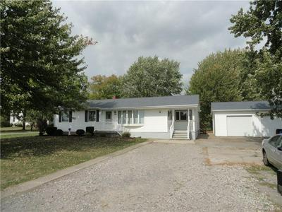 2509 SAUNDERS SETTLEMENT RD, Lewiston, NY 14132 - Photo 2