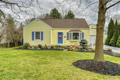 11 DEVONSHIRE DR, Penfield, NY 14526 - Photo 1