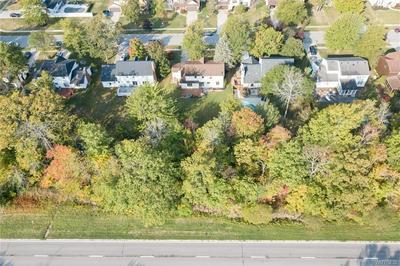 80 FAIRVIEW CT, Grand Island, NY 14072 - Photo 2