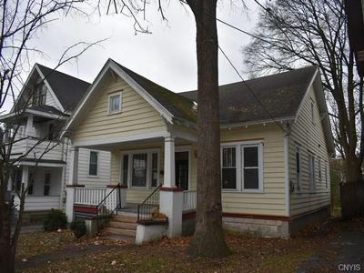 1049 HIGHLAND ST, SYRACUSE, NY 13203 - Photo 1