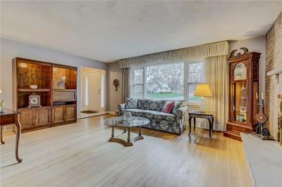 47 HILLCREST DR, PENFIELD, NY 14526 - Photo 2
