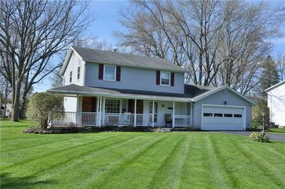 153 VALLEY GREEN DR, Penfield, NY 14526 - Photo 2