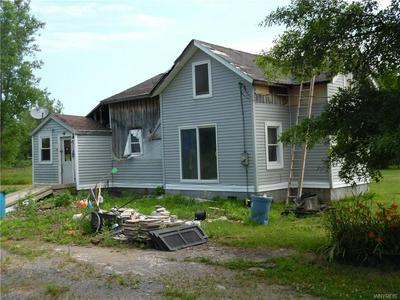 8823 SEAMAN RD, Hartland, NY 14067 - Photo 2