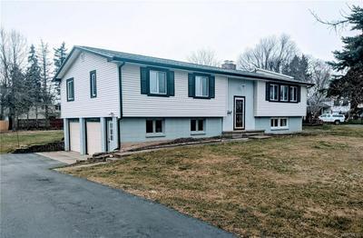4150 HEATHER DR, Clarence, NY 14221 - Photo 1