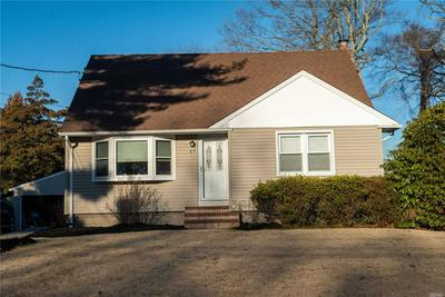 17 FRANKLIN ROAD, Oakdale, NY 11769 - Photo 2