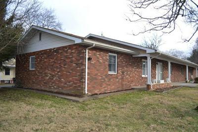 200 SE 5TH ST, FAIRFIELD, IL 62837 - Photo 2