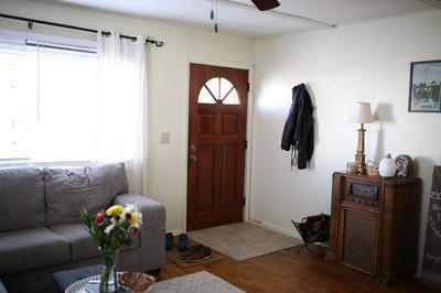 213 JEFFERSON, Olney, IL 62450 - Photo 2