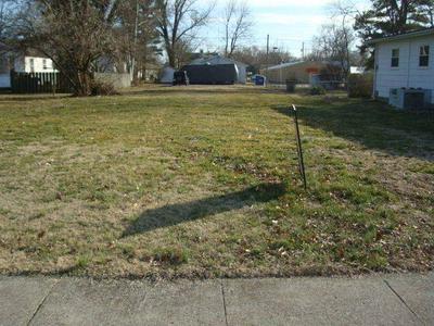 1119 E BUTLER ST, Olney, IL 62450 - Photo 1