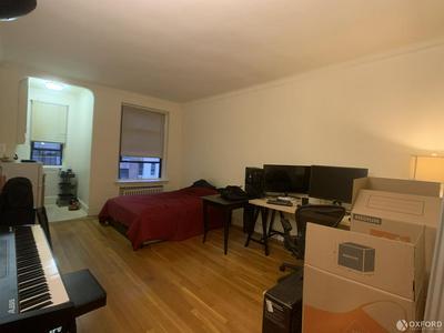 338 E 53RD ST, NEW YORK, NY 10022 - Photo 1