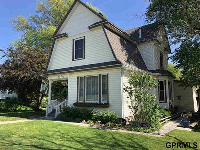523 W 3RD ST, Wilber, NE 68465 - Photo 1
