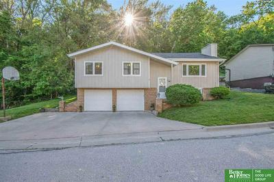 902 VALLEY DR, Crescent, IA 51526 - Photo 2