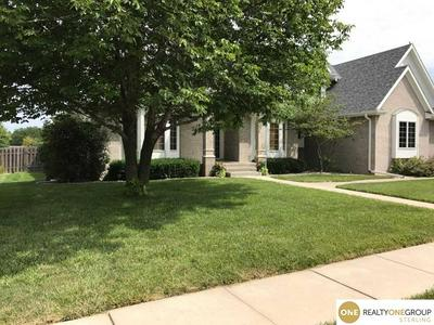 7656 KENNELLEY DR, LINCOLN, NE 68516 - Photo 2