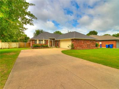 14820 NORTHWOOD CIR, Choctaw, OK 73020 - Photo 1