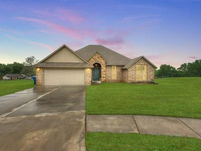 809 BELLA CT, Purcell, OK 73080 - Photo 1
