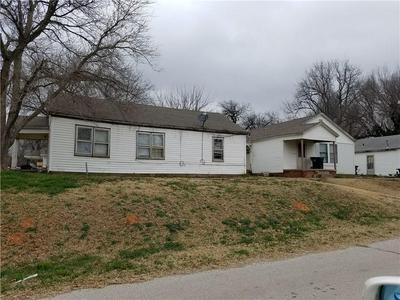 730 S 2ND AVE, Purcell, OK 73080 - Photo 1