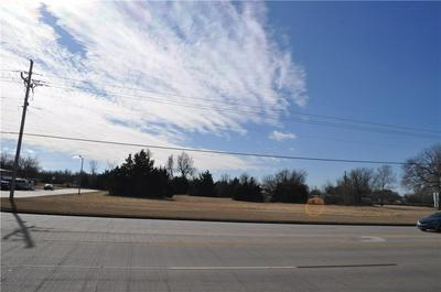 1000 W STATE HIGHWAY 152, Mustang, OK 73064 - Photo 2