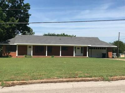 625 N 4TH AVE, Purcell, OK 73080 - Photo 1