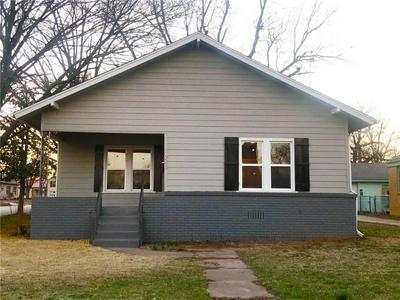 1628 S 19TH ST, Chickasha, OK 73018 - Photo 2