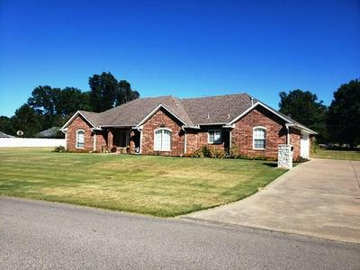 2100 PHELPS DR, Seminole, OK 74868 - Photo 2