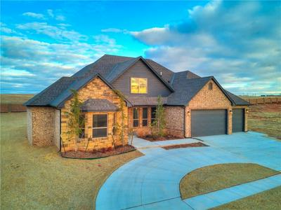 1184 COLONIAL AVE, Tuttle, OK 73089 - Photo 1