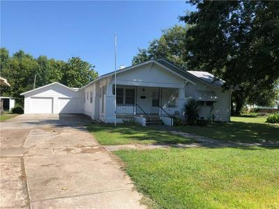 312 S 8TH ST, Okemah, OK 74859 - Photo 1