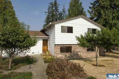 1108 S G ST, Port Angeles, WA 98363 - Photo 2