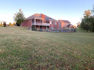 2804 GLENCREST DR, Owensboro, KY 42303 - Photo 1