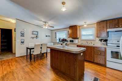 1409 JACKSON ST, Owensboro, KY 42303 - Photo 2