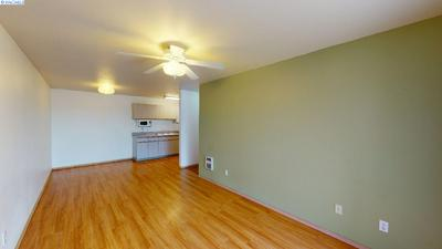 1645 NE MERMAN DR APT A102, Pullman, WA 99163 - Photo 2