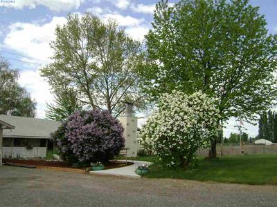 14501 N GRIFFIN RD, Prosser, WA 99350 - Photo 2