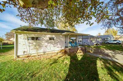 305 ROSSELL AVE, Richland, WA 99352 - Photo 2