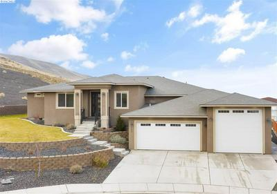 5206 S PALOUSE CT, Kennewick, WA 99337 - Photo 1