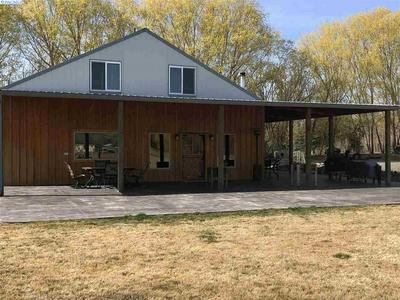 50019 N RIVER RD, BENTON CITY, WA 99320 - Photo 2