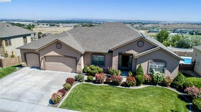 1714 MEADOW HILLS DR, Richland, WA 99352 - Photo 1