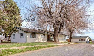 2240 WASHOUT RD, Sunnyside, WA 98944 - Photo 1