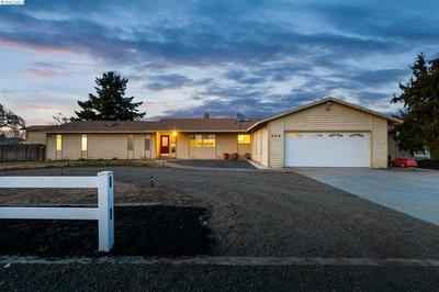 6919 FRANKLIN RD, PASCO, WA 99301 - Photo 1