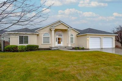 8827 W 3RD AVE, Kennewick, WA 99336 - Photo 2