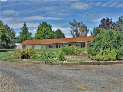 171 WOODIN RD, Sunnyside, WA 98944 - Photo 1