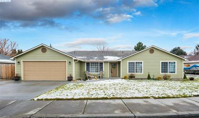 1903 W 24TH AVE, Kennewick, WA 99337 - Photo 1