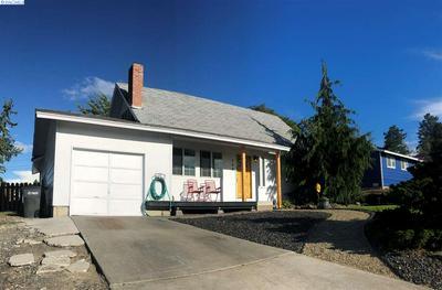 706 BUENA VISTA AVE, Sunnyside, WA 98944 - Photo 2