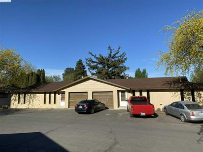 1000 - 1002 PRINCEVILLE ST, Grandview, WA 98930 - Photo 2