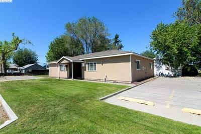 920 W ENTIAT AVE, Kennewick, WA 99336 - Photo 1