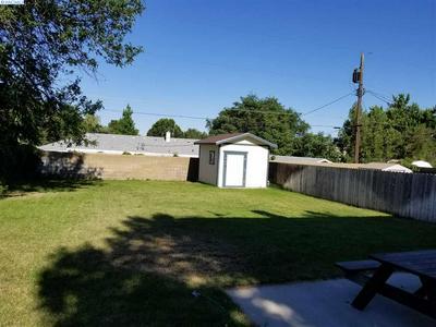 204 CULLUM AVE, Richland, WA 99352 - Photo 2