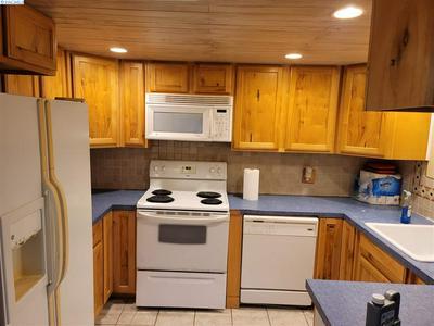 503 SANFORD AVE, Richland, WA 99352 - Photo 2