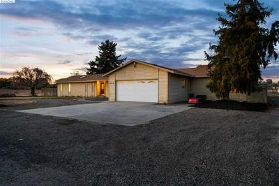 6919 FRANKLIN RD, PASCO, WA 99301 - Photo 2